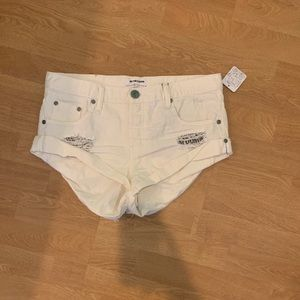 White shorts from Free People! New, still has tag!